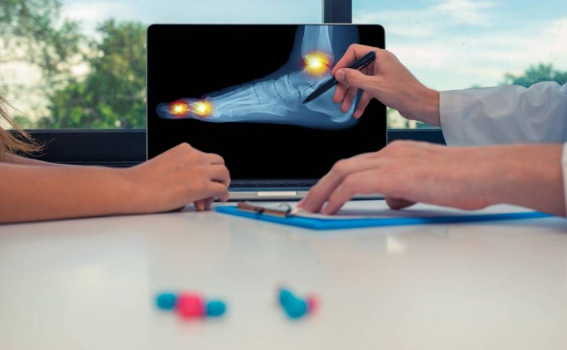 When to see a doctor about foot pain.